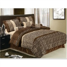 7 Piece Safari – Zebra – Giraffe Print Brown Micro Fur Comforter Set, Bed in Bag