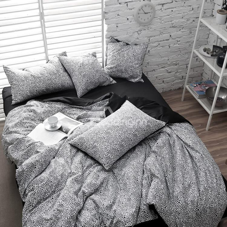 Modern Black and White Leopard Print 4-Piece Cotton Duvet Cover Set