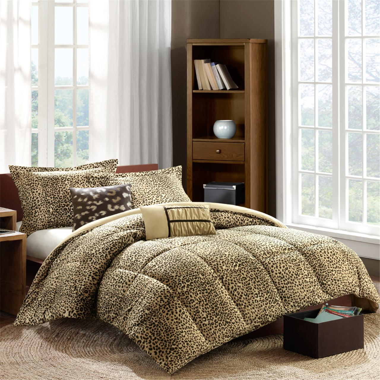 Intelligent Design Cheetah Comforter Set
