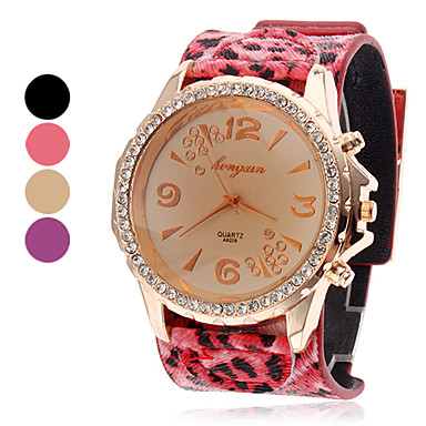 Women's Leopard Style PU Analog Quartz Wrist Watch